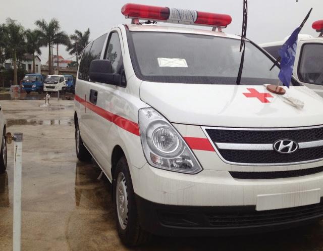 """Xe cấp cứu tại Quảng Trị xe nhanh giá """"Chậm""""."""