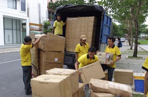 đội ngũ công nhân Dịch vụ chuyển nhà Đồng Hới Quảng Bình chuyên nghiệp