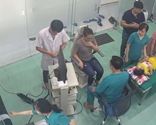 Phòng khám tai mũi họng ở Quảng Bình của bác sĩĐoàn Kim Thoan ở địa chỉ Tiểu khu 14 Nam Lý Đồng Hới 01266.683.866. uy tín giá rẻ