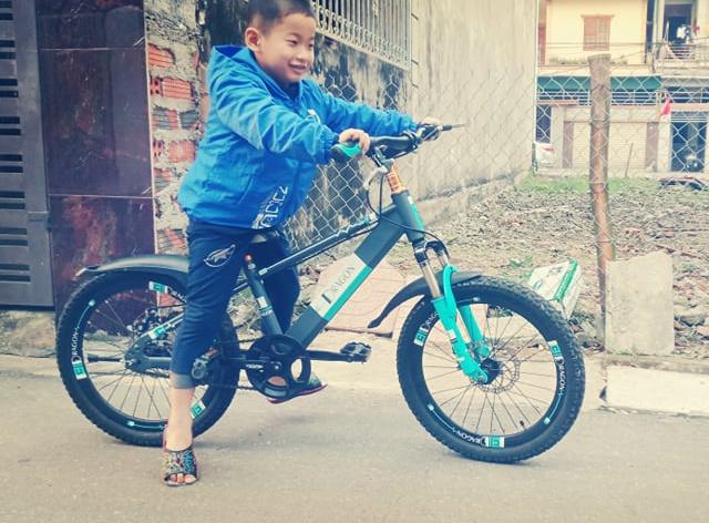 Xe đạp trẻ con Hà Tĩnh được trẻ con đón nhận.